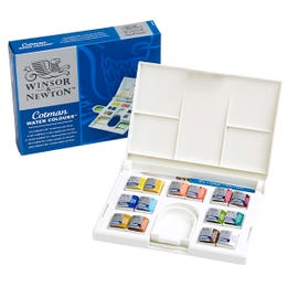 Winsor & Newton Cotman Watercolour Half Pan Compact Set Open and Package